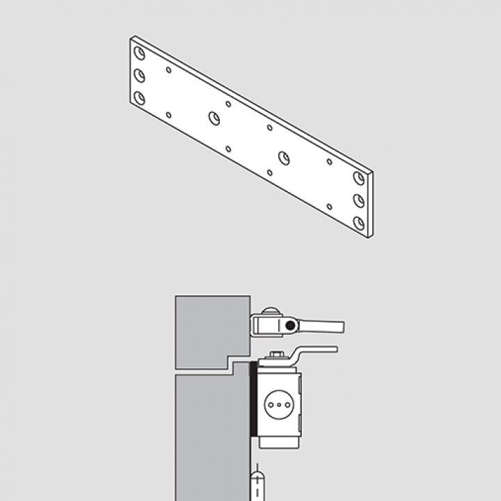 Mounting backplate for installation of the door closer on fireproof and smoke control rooms or as pr