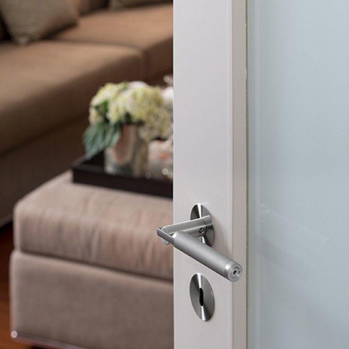 Puxador de porta, com roseta metálica RC08M