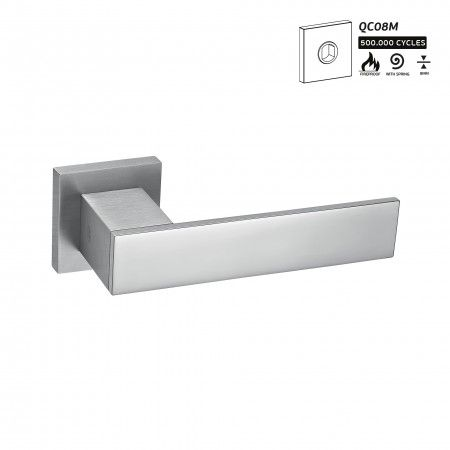 Lever handle Square with square metallic rose QC08M