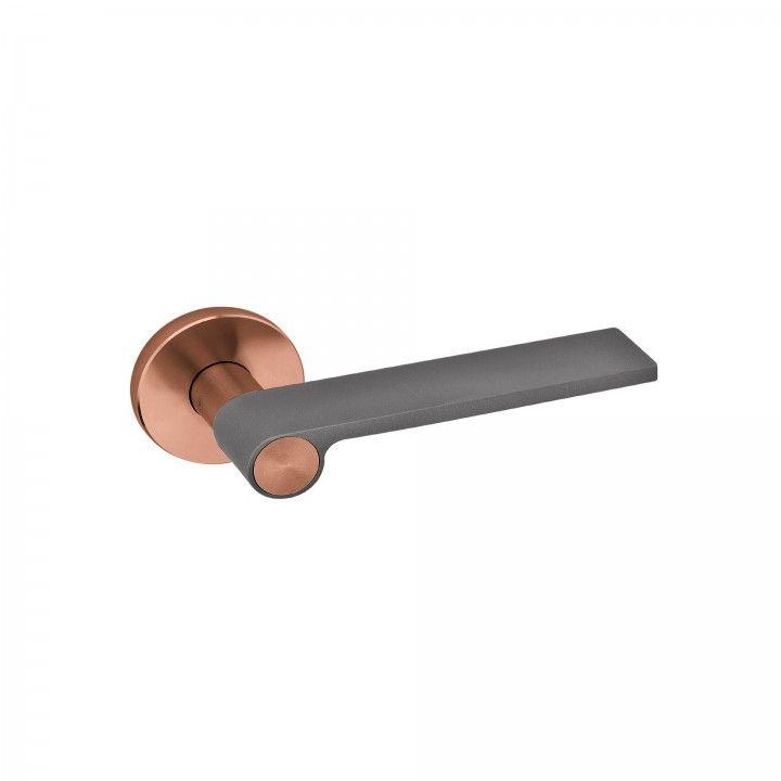 "Puxador de porta ""Outline Jet"" - Titanium Copper"