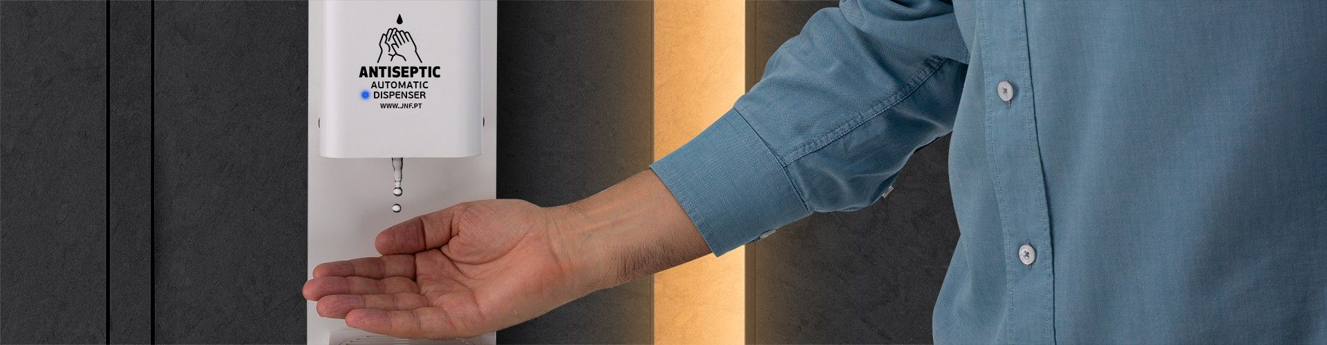 AUTOMATIC HANDS-FREE DISPENSERS