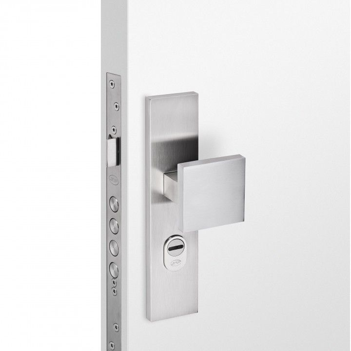 Safety plate with cylinder protection and fixed knob - 72mm - SKG