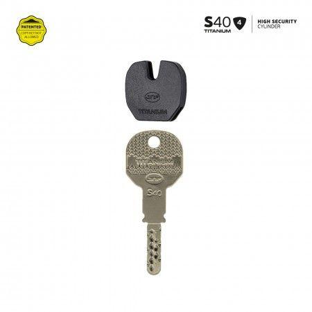 S40 - Key identifier - BLUE